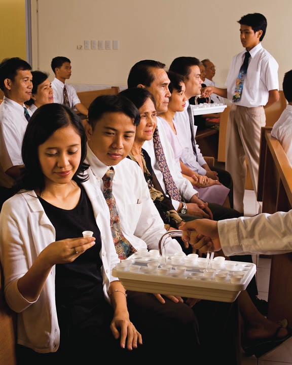 mormon-sacrament-meeting