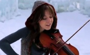 Lindsey Stirling playing the violin