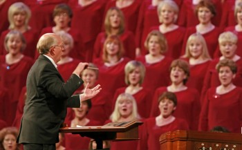 Mack Wilburg directing Mormon Tabernacle Choir